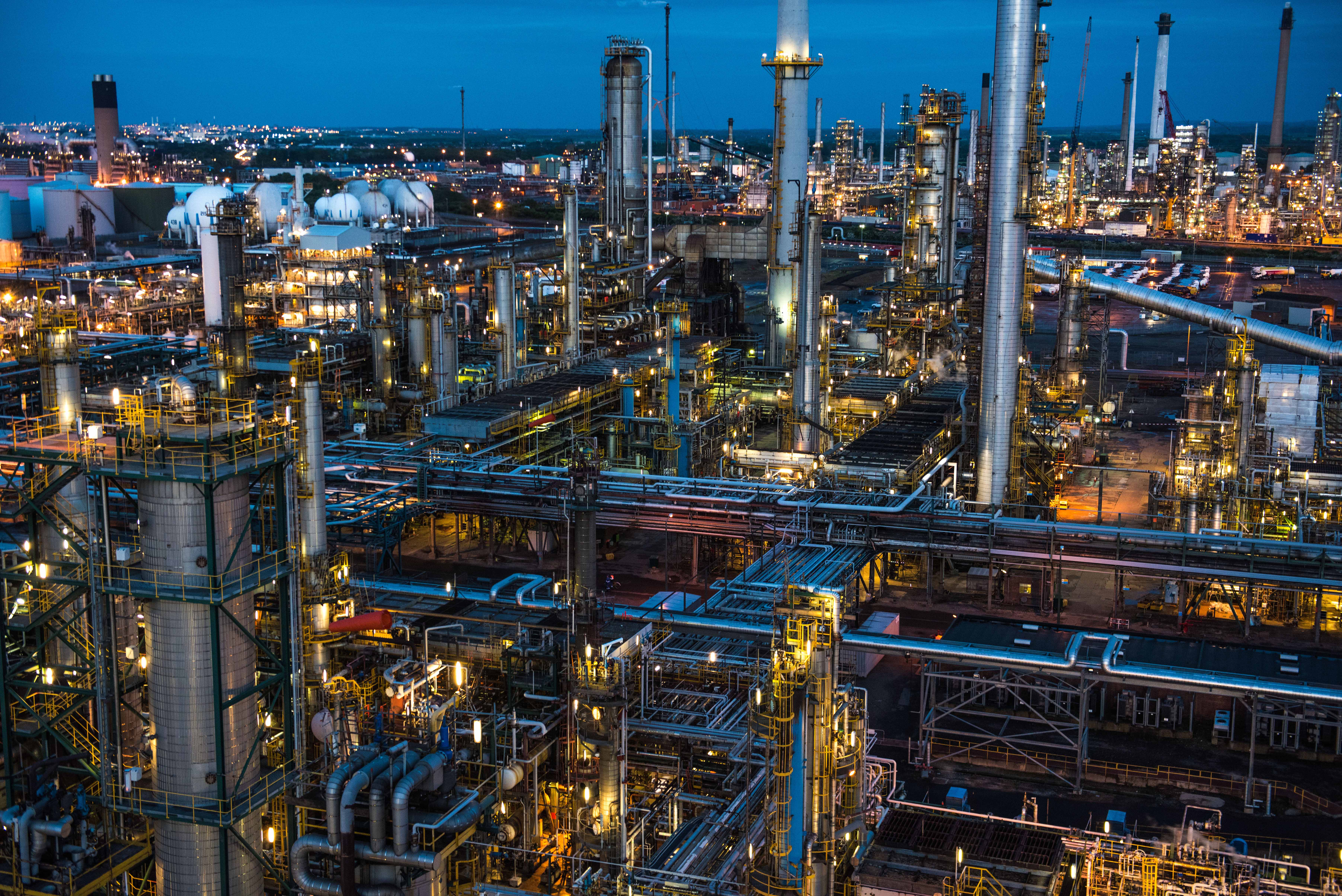Lindsey Oil Refinery At Dusk